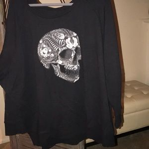 Plus size 4x black sweatshirt NWOT